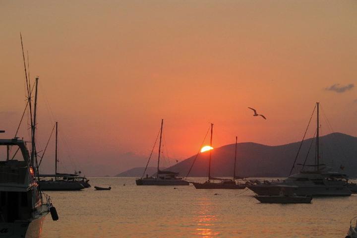 Sunset on Cane Garden Bay